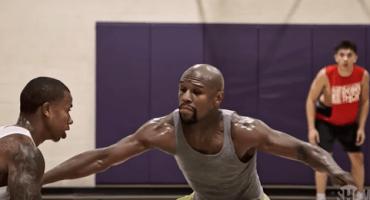 ¿Qué hace Mayweather en su tiempo libre? Medirse a una estrella NBA