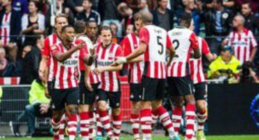 PSV vence al Groningen con Guardado jugando los 90 minutos