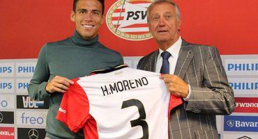Héctor Moreno ya recibió su playera del PSV