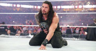 Fanatico agrede a luchador de la WWE... ¡¡¡en plena lucha!!!