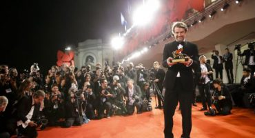 La película venezolana 'Desde Allá' se lleva el León de Oro en la Muestra de Venecia