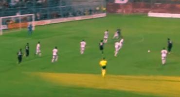 El golazo de Mario Balotelli en su debut con el Milan