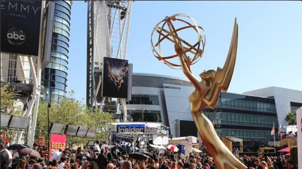 Les presentamos la alfombra roja de los Emmys 2015