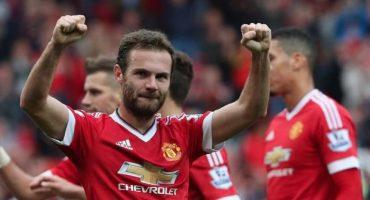 Manchester United golea y es líder de la Premier luego de 82 jornadas