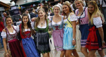 GALERIA: Las mujeres del Oktoberfest 2015 ¡salud!