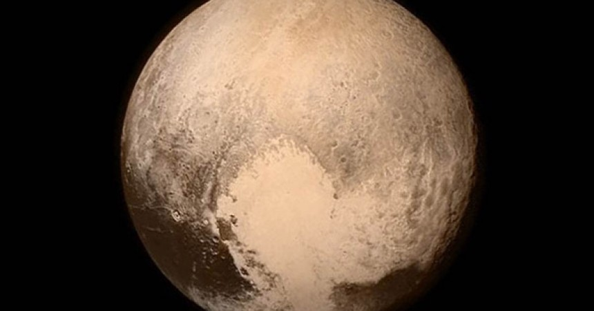 Pluton-Nasa-860x450