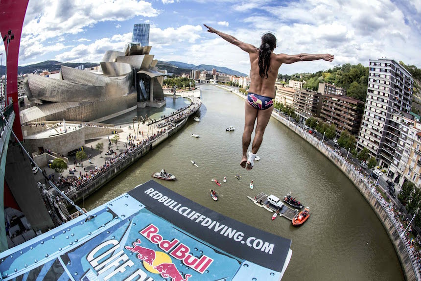 En vivo: La final del Red Bull Cliff Diving desde Bilbao, España