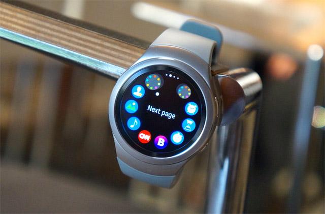 Samsung-Gear-S2-IFA-2015-1