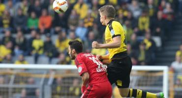 Borussia Dortmund arrasó con Bayer Leverkusen y Chicharito