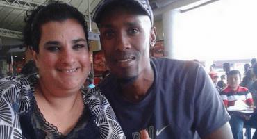 La triste historia de #LadyCucaracha (y su esposo extranjero)