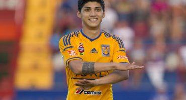 Alan Pulido ironizó sobre su regreso a México con Tigres