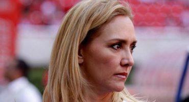Dan orden de aprehensión a Angélica Fuentes por fraude