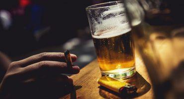 ¿Por qué fumas cuando tomas?