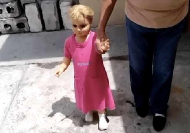 Conoce a Rosita, la muñeca viva de Coahuila