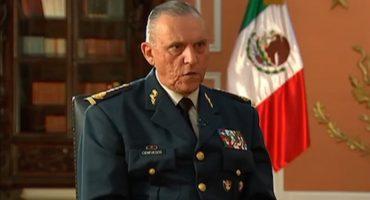 """""""No voy a permitir que interroguen a mis soldados"""": Cienfuegos sobre Ayotzinapa"""