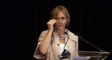 Angélica Fuentes no puede tomar el control en Chivas
