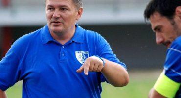 Despiden a entrenador por medio de Facebook en futbol de Bosnia