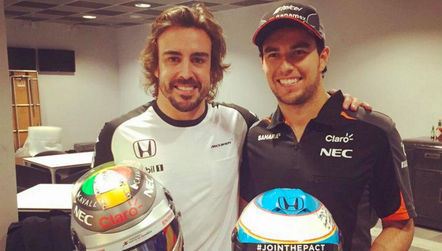 Checo Pérez y Alonso intercambian casos en el GP de Rusia