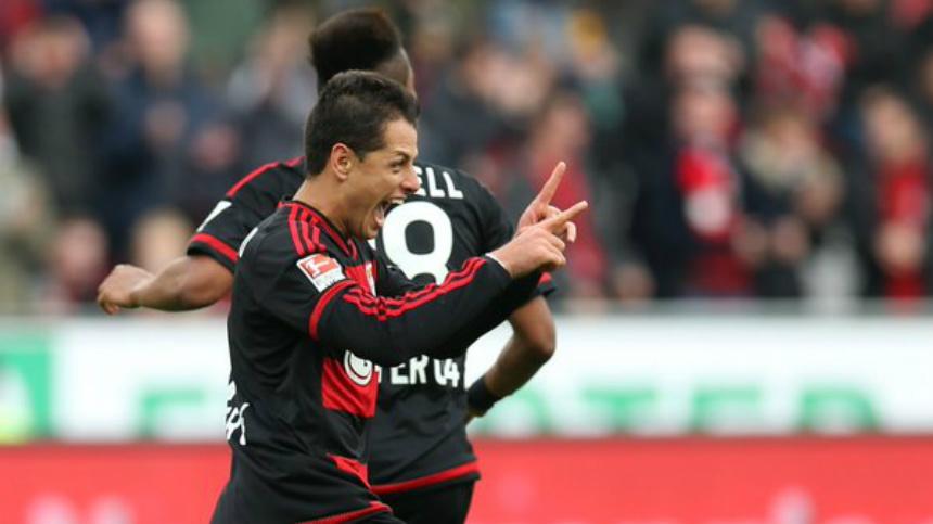 Chicharito da el empate y el Bayer Leverkusen gana