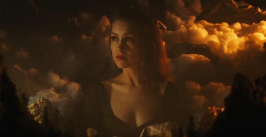 Mira los nuevos videos de Joanna Newsom, MØ, ELO, The Album Leaf, y Christine and the Queens