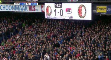 El homenaje de los aficionados del Feyenoord a Johan Cruyff