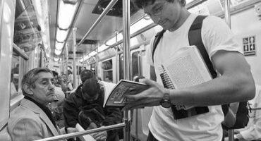 Mexicanos leen en promedio 4 libros al año