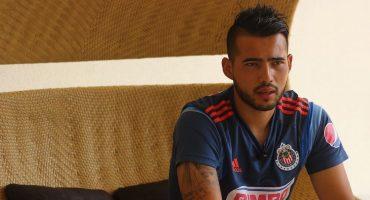 Michel Vázquez es separado de Chivas