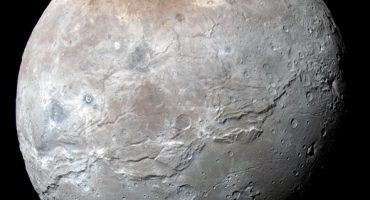 Nuevas fotografías de Caronte, el satélite más grande de Plutón