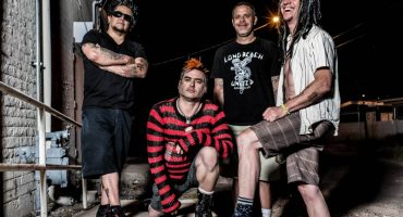 Rebel Cats presenta Rebel Fest con NOFX, Frank Turner, y más