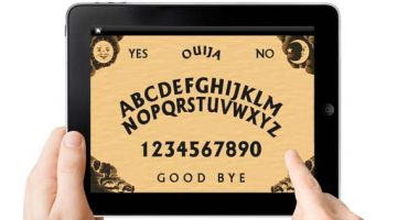 Satán se moderniza; chica es poseída a través de app de Ouija