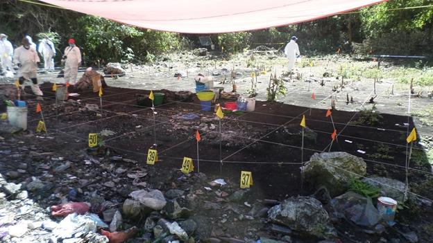 Caso Ayotzinapa: anuncia PGR que habrá un tercer peritaje en Cocula