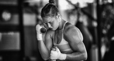 Óscar de la Hoya quiere a Ronda Rousey como boxeadora
