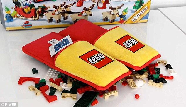 ¡Por fin! Lego crea pantuflas para evitar el dolor de pisar sus bloques