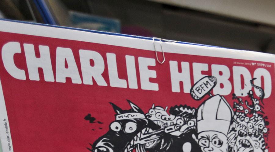 Nueva caricatura de Charlie Hebdo sobre el avión ruso recibe fuertes críticas