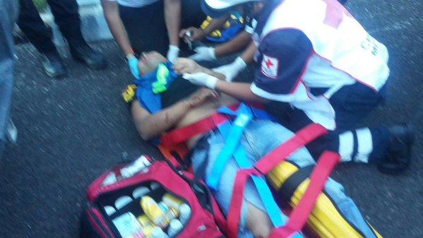 Ocho normalistas hospitalizados tras el enfrentamiento con la Policía de Guerrero