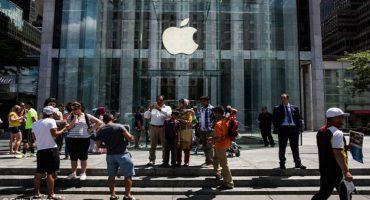 Un hombre aterrorizó con una espada samurái a los clientes de una tienda Apple
