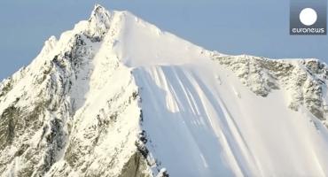 Cayó más de 488 metros de altura en una montaña... y resultó ileso