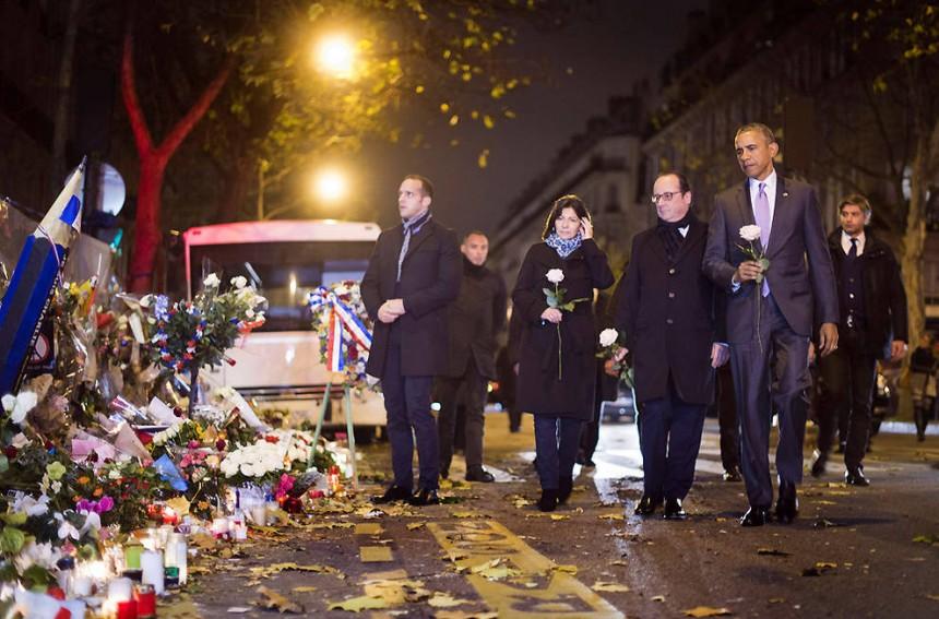 Obama visita el Bataclan y rinde homenaje a las víctimas de los atentandos en París