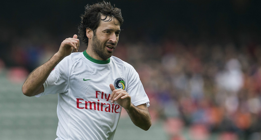 Raúl dice adiós al futbol como campeón con el Cosmos