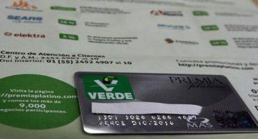Las tarjetas del Verde, que podrían llevar a la carcel a Arturo Escobar