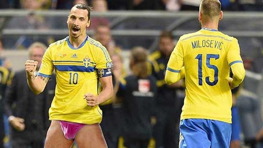 Un periodico en Dinamarca desnuda a Zlatan Ibrahimovic