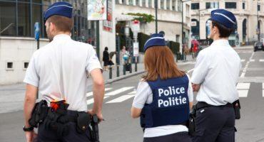 Policías en Bélgica dejaron su puesto en cacería de terroristas para tener una orgía