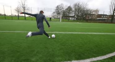 Este video de Steven Gerrard demuestra que no ha perdido el toque