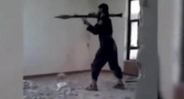 Soldado de ISIS se auto destruye accidentalmente con su lanzacohetes