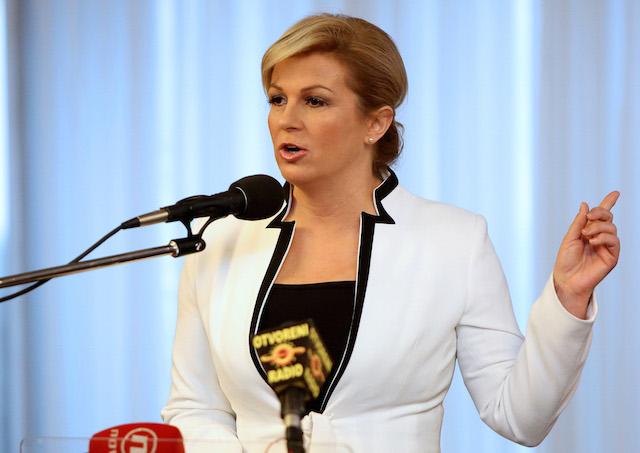 La presidenta de Croacia… ¿¡en bikini!? – Sopitas.com