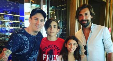 Pirlo le pidió una foto a Messi como un fan cualquiera