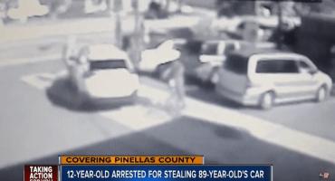 Video: Niño vándalo le roba el auto a un anciano