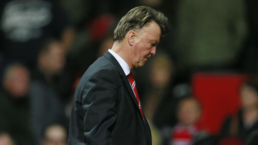 Louis Van Gaal deja de ser el técnico del Manchester United