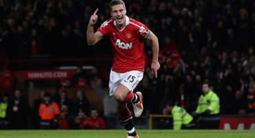 Se retira Nemanja Vidic, del último gran Manchester United