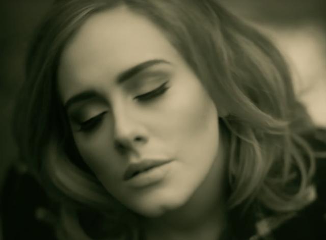 Hello de Adele se convierte en el video más visto en YouTube
